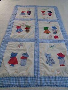 So Cute! Vintage Handmade Sunbonnet Sue & Sam w Embroidery Quilt 33x56 #541