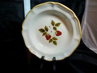 "VINTAGE Mikasa China EB801 Strawberry Festival 8-1/2""  Cereal/Soup Bowl FREE S&H"