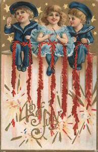 July 4th 4th of July: Children with Fireworks Postcard Vintage Post Card
