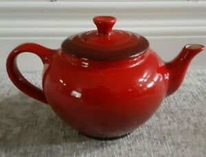 Le Creuset Small Ceramic Cerise Teapot and Infuser Red