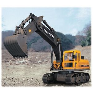 Large Scale 10 Function Radio Control Caterpillar Excavator with Lights - Hobby