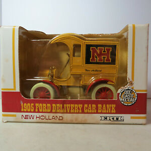 """Ertl """"New Holland"""" Ford 1905 Delivery Car Bank 1/25 NH-379-10EO-B-10"""