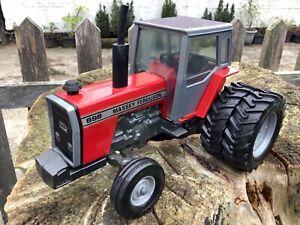 1/20 scale Ertl 1102 Massey Ferguson 698 tractor tracteur Traktor 1980's
