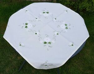 Fine French Handmade Cotton Appliqué Tablecloth And 4 Napkins Beautiful example