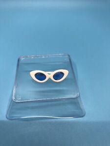 Vintage 1960s Barbie White Cat Eye Sun Glasses w/ Blue Lenses EXC