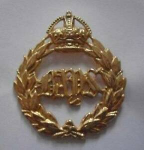 BRITISH ARMY CAP BADGE. 2nd. DRAGOON GUARDS ( QUEEN'S BAYS ).