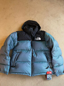North Face Mens Puffer Coat Medium New with Tags Black Blue Nuptse