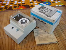 PALADIN 220V 184-100 184100 Schaltuhr Time Switch with Power Reserve, New In Box