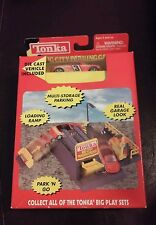 New Sealed 2001 Tonka Big City Parking Garage Play Set Die Cast Vehicle Included
