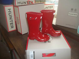 GLOSS HUNTER WELLIES WELLINGTONS IN HALIFAX SIZE 7 KIDS  MILITARY RED GLOSS