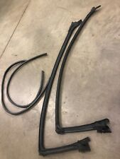 99 02 03 04 Mustang Cobra weatherstripping front upper door seals Left Right