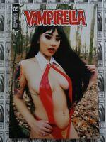 Vampirella (2019) Dynamite - #5, Cosplay Variant, Preist/Gunduz, NM