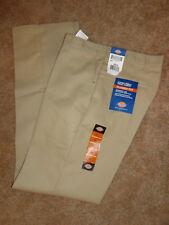 young men's classic fit straight leg Dickies khaki pants NWT 30x34