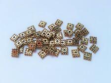 40 x 7.5 mm bleu acrylique dés style perles bijoux Kids Craft Square Espaceur W102