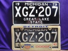 Pair Matching 2 1979 Michigan MI License Plates & Dealers Plate Holder Detroit