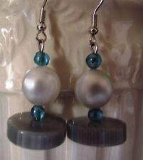 BOUCLE Oreille Dormeuse Cylindre Gris perles bleues  Fabrication maison Cadeau