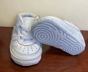 Nike Air Force 1 Soft Crib White Shoes Infant Baby Size 2C  3-6 Mo. Worn Once