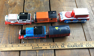 LOT of 5 - VERY RARE Motorized Stanley Rusty Train Thomas Spin master Hit Toy
