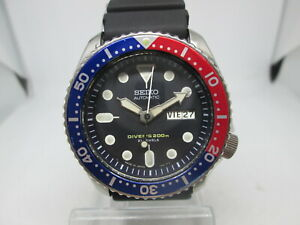 SEIKO 7S26-0020 SKX009J DAYDATE STAINLESS STEEL AUTOMATIC MENS DIVER WATCH