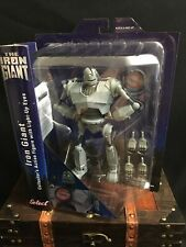 Diamond Select Toys Iron Giant Action Figure With Light-up Eyes Nip Collector's