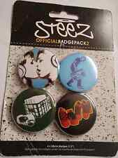 Steez Official Badge Pack 2, lesbian kiss, Music. 4 x 38 mm badges. Made in U.K.