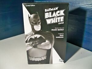 DC Direct Batman Black and White statue Frank Quitely 2042 of 3500