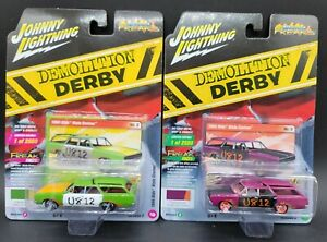 Johnny Lightning Demolition Derby Olds Vista Cruiser Versions A&B