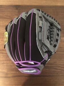 Women's Wilson 2019 Flash 11.5in Fastpitch Glove Black/Grey/Purple