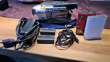 SONY Handycam  Video Hi 8 - 460x  digitaler  Zoom Night Shot 0 LUX