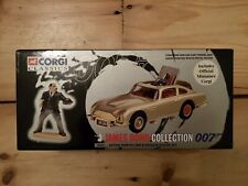 Corgi Classics James Bond 007 Aston Martin DB5 and Oddjob .