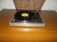 VINTAGE PHILIPS 437 Belt Drive Automatic Turntable