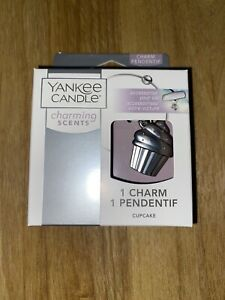 Yankee Candle Charming Scent Pendant Silver Cupcake Car Air Freshener New
