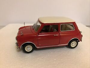 Danbury Mint kyosho 1/18 Austin Mini Cooper 1963 red white top