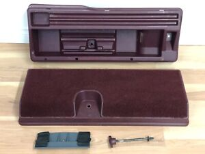 1988-1994 GMC Chevy 1500 2500 3500 OEM XCAB JACK & TOOL STORAGE BOX *COMPLETE*