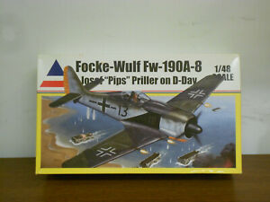 Accurate Miniatures  Fw 190A-8  1/48  + Extra