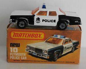 Matchbox Superfast Series 10C Plymouth Gran Fury Police Car