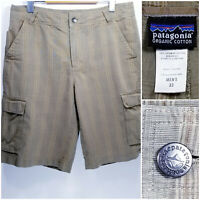 Patagonia Mens Size 33 Cargo Shorts Green Plaid