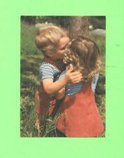 R POSTCARD LITTLE LOVERS BOY AND GIRL POST CARD .