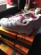 vervies shoe,trainer,heelies,heelys pink and white