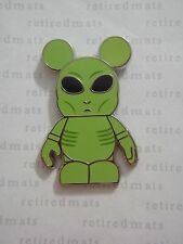 AUTHENTIC Disney Vinylmation Pin Urban #7 - ALIEN Green UFO Area 51 Space REAL