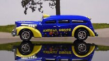 JOHNNY LIGHTNING ANIMAL HOUSE LIMITED EDITION 1/64 SCALE DIE CAST