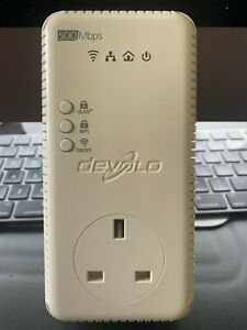 Devolo dLAN 500 AV Wireless+ 3 LAN Ports Powerline Adapter (MT 2416)
