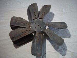 """CADILLAC DEVILLE 501 472 ENGINE 7 BLADE COOLING FAN P15430 W/ SPACER 2 3/4"""" OEM"""