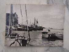 Ancienne carte postale Quiberon Un coin du Port Bretagne
