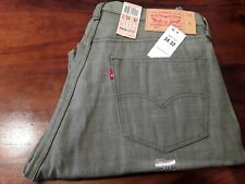 New Levis 501 Mens Jeans Straight Leg Button Fly Shrink to Fit Size W34 L32