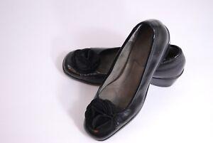 Black Flower Accent Shoes 7.5
