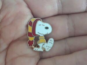 Vintage Snoopy Foot in Cast Lapel Pin Peanuts
