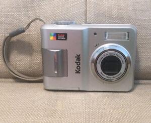Kodak Easyshare C433 Compact Camera 3x Optical Zoom 4.0MP-UNTESTED
