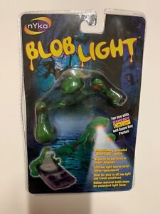 Nyko Blob Light for use with Gameboy Color & Gameboy Pocket. Green!