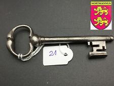 ANCIENNE Clef Clé  Antique Iron Key Alter Schlüssel Vecchia Chiave  (N° 21)